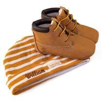 Timberland set - sko och mössa med broderat namn på mössan